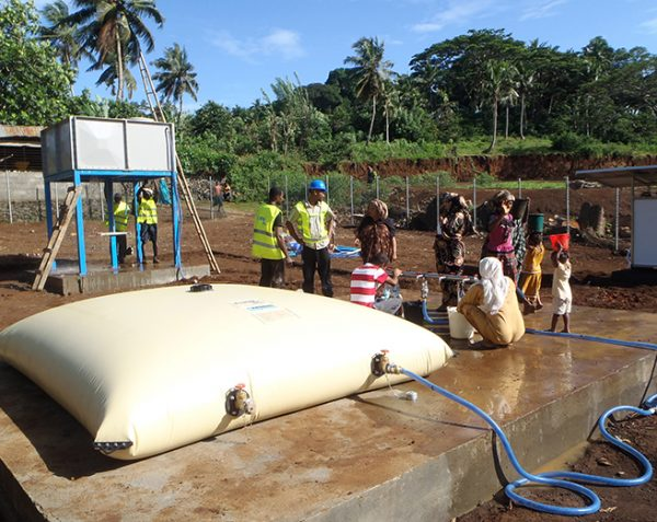 Flexible drinking water tanks - humanitarian