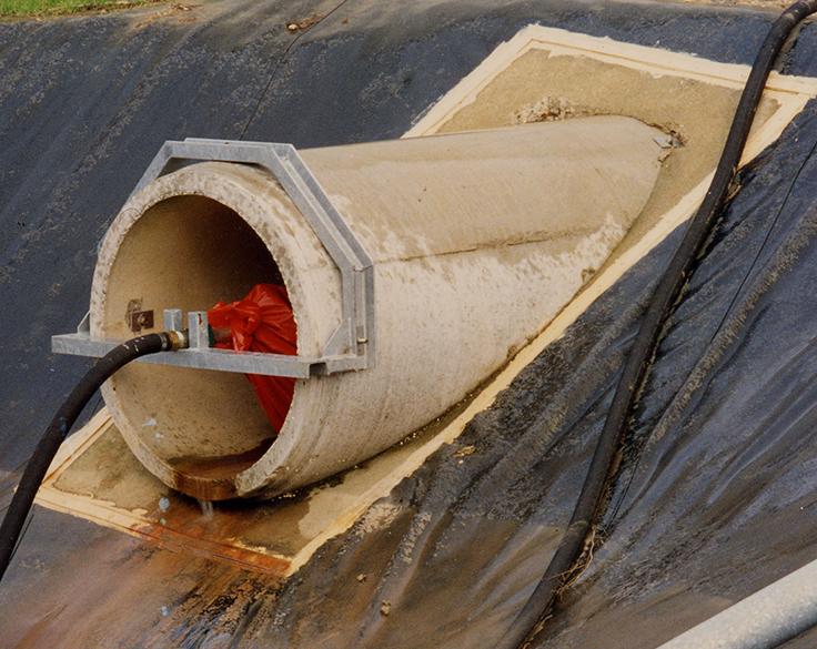 Obturateur anti-pollution OFR dans une canalisation