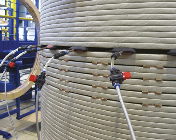 Lifting transformer winding by VTR lifting bags