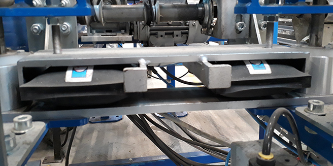 Cilindros inflables para frenar rodillos transportadores